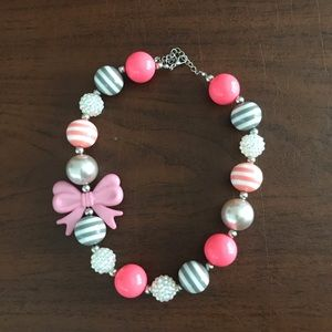 Other - Chunky necklace